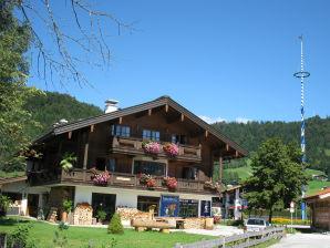Ferienwohnung Klausenberg/Hausberg - Gästehaus am Maibaum