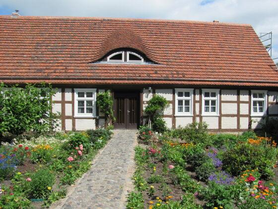 Zugang zur Ferienwohnung vom Dorf