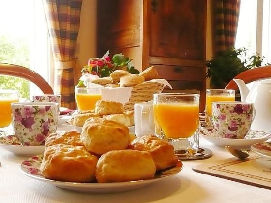 Breakfast Table B&b la briarde de retal
