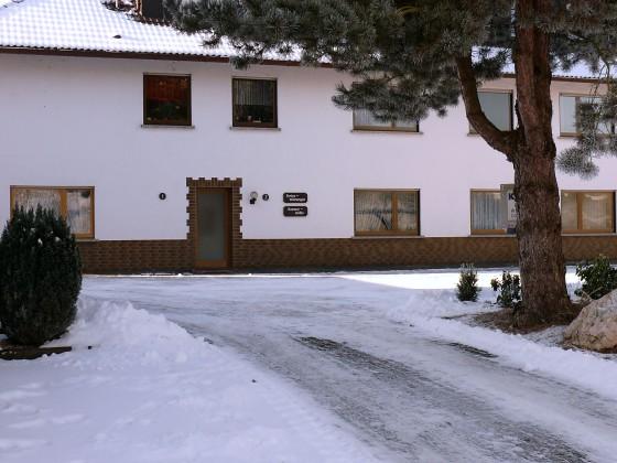 """Die Ferienwohnunge""""Am See"""" im Winter"""