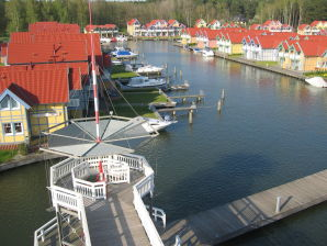Ferienhaus Direkte Wasserlage Hafendorf Rheinsberg Bootssteg