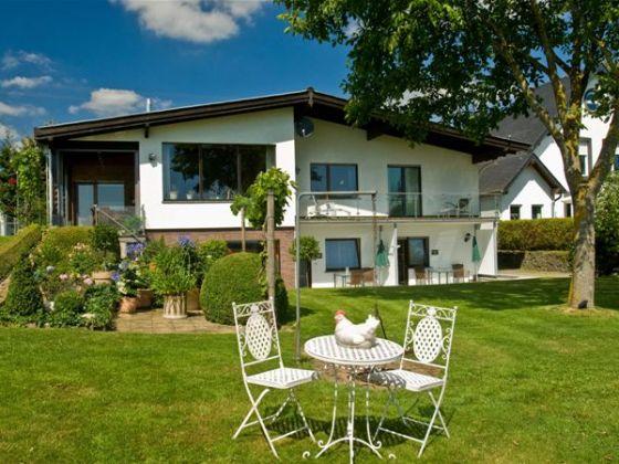 Gr??e Rollstuhlgerechte Dusche : Ferienwohnung Wiesental im Haus Eifelblick , Vulkaneifel – Frau