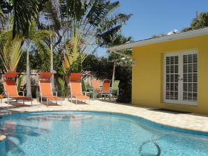 Ferienhaus Pool-Komforthaus Tropical Key West Style