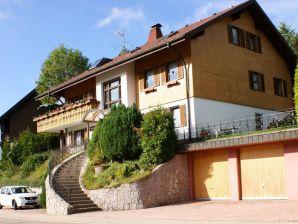 Ferienwohnung im Ferienhaus Auerhahn