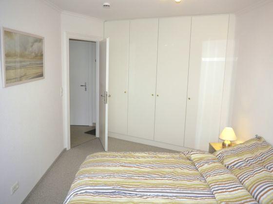 einbauschrank wohnzimmer kosten einbauschrank schlafzimmer. Black Bedroom Furniture Sets. Home Design Ideas