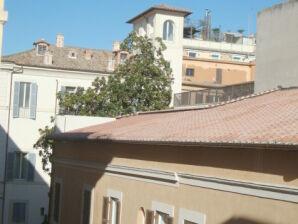 Große Ferienwohnung bei der spanischen Treppe