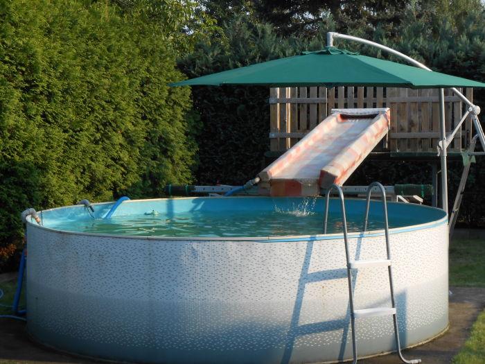 Ferienwohnung rudolf coswig anhalt familie andr rudolf - Wasserrutsche fur pool ...