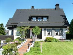 Ferienwohnung Calluna Landhaus - Zur Heide
