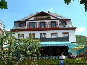 Ferienwohnung Burg Landshut - Familie Schmidt