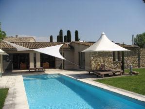 Ferienwohnung im Ferienhaus Provence Luberon Les Cerisiers  mit Pool