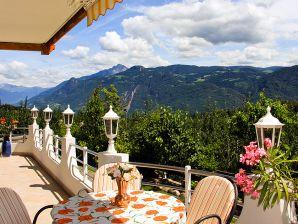 Ferienwohnung 6 in der Residence Kronstein Tisens