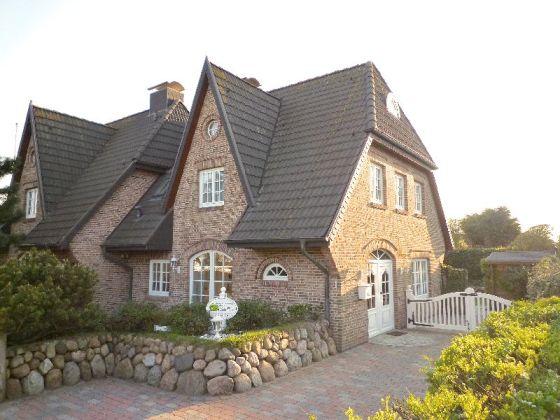 uriges wohnzimmer:Haus Gorch-Fock – Ferienwohnung 1, Westerland, Sylt, Nordsee -