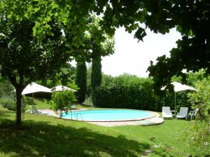 Ferienhof with pool-LA CAPANNA