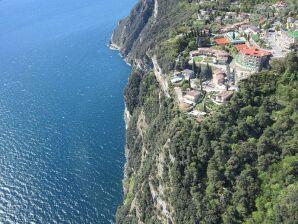 Luxus Ferienwohnung Lago Azzurro