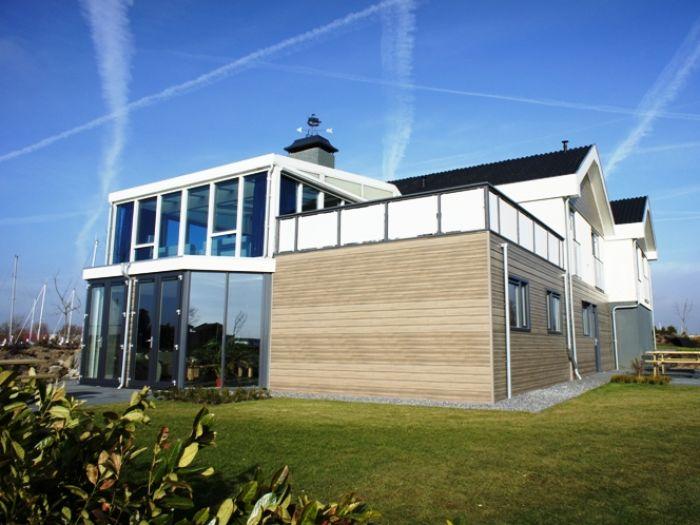 ferienhaus mit sauna und schwimmbad zh019 s d holland dordrecht firma bondiro holiday. Black Bedroom Furniture Sets. Home Design Ideas