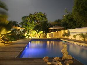 Frangipani Apartment Coconut