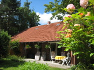 B - Ferienhaus im Garten