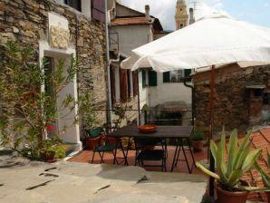 Casa Montalto Studio