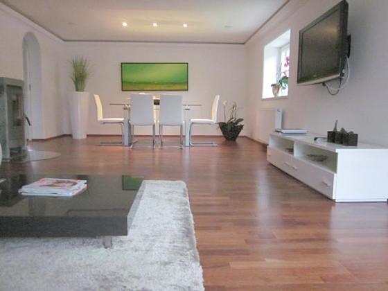 ferienwohnung appartement bergblick ii modern living salzburger land fuschlsee faistenau. Black Bedroom Furniture Sets. Home Design Ideas