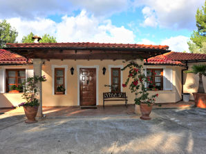 Villa in Son Vida ID 2430