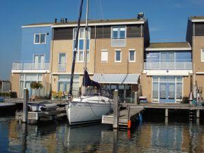 Luxus Ferienhaus am Wasser