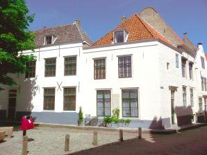 Ferienwohnung ZE249 Middelburg im 1. Stock