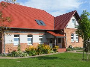 Ferienwohnung Alte Schule Ahrensberg- Lehrerwohnung 2
