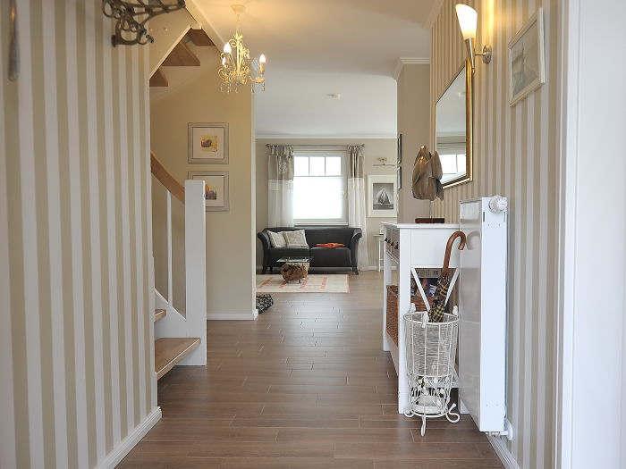 flur im eg. Black Bedroom Furniture Sets. Home Design Ideas