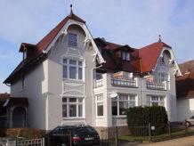 Apartment Apartment LEE im Ferienhaus OSTSEEROSE