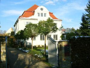 Ferienwohnung Villa Dalcroze
