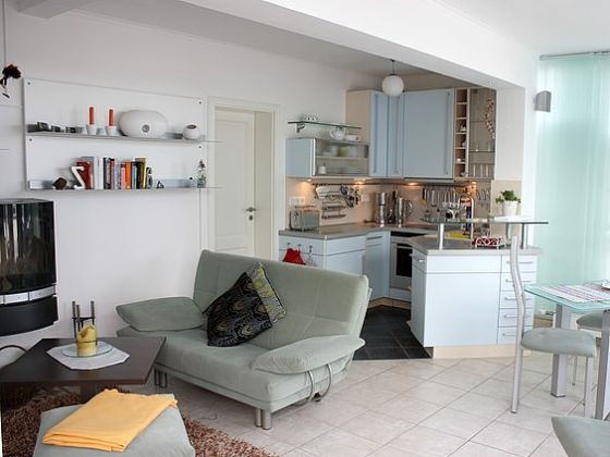 wohnzimmer mit offener küche größe:Wohnzimmer mit offener Küche