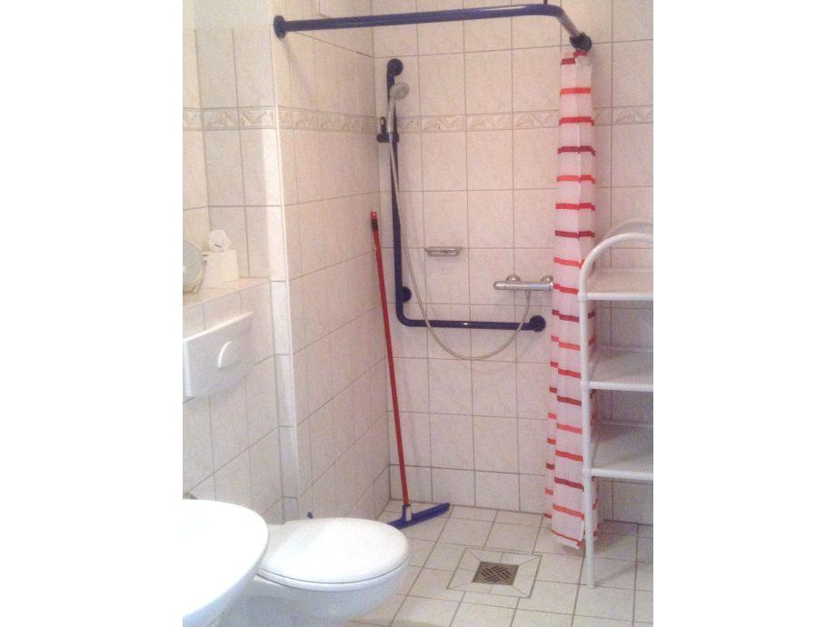 luxus dusche selber bauen raum und m beldesign inspiration. Black Bedroom Furniture Sets. Home Design Ideas