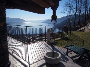 Ferienwohnung Villa Ronc D' Albert Lago Maggiore Girasole