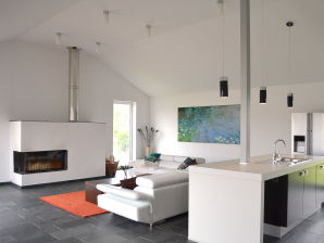 Neues, großzügiges Ferienhaus, 5 min zum Atlantik