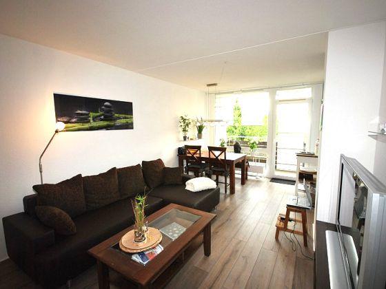 97 kleines wohnzimmer mit esstisch coole wohnideen. Black Bedroom Furniture Sets. Home Design Ideas