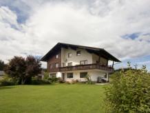 """Ferienwohnung """"A"""" im Landhaus Zechner"""