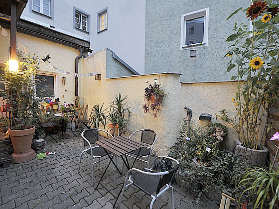 ferienwohnung pommer regensburg oberpfalz herr johann pommer. Black Bedroom Furniture Sets. Home Design Ideas