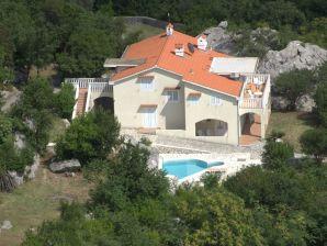 Ferienwohnung Villa