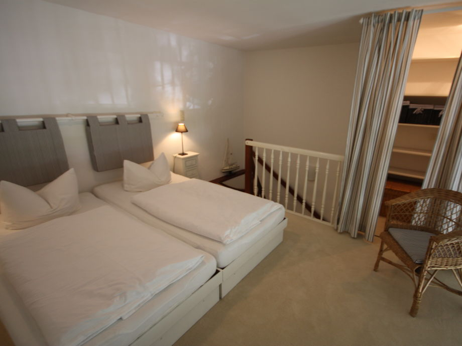 ferienwohnung sylt kirchenweg sylt frau anja beckmann. Black Bedroom Furniture Sets. Home Design Ideas