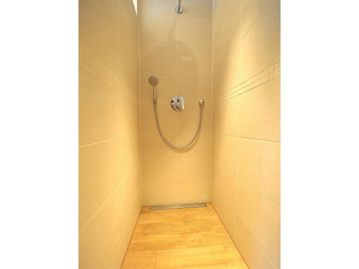 Italienische Dusche Gr??e : Dusche Im Schlafzimmer Einbauen : Dusche 2 Schlafzimmer im 2 OG 2