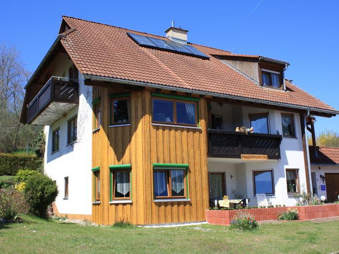 Unser Haus mit FeWo im unteren Teil