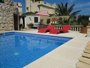Casa Bandi mit Pool in Cala Ratjada