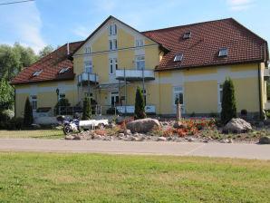 1,5-Zimmer-Wohnung Herrenhaus-Carolinenhof