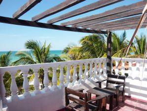 Casa Maya Lodge