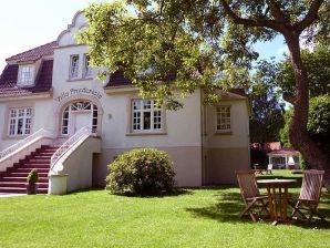 Ferienwohnung Villa Friedericia, Appartement im Hochparterre