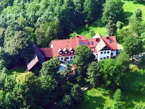 Ferienwohnung Adlerhorst auf dem Schlossberghof - Bio