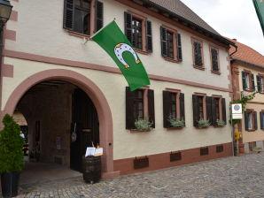 Ferienhaus im Winzerhof D&B