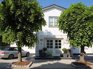 Ferienwohnung 820001 Ferienhaus Rademacher Binz