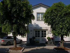 Ferienwohnung 820002 Ferienhaus Rademacher Binz