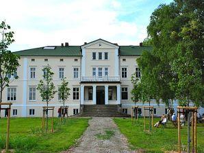 Schloss La Dersentina - Gutshaus Dersentin